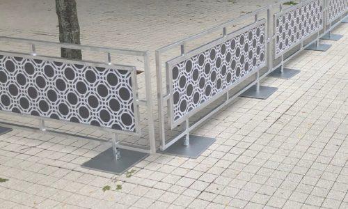 Sidewalk Barriers | Branded Cafe Barriers | Sidewalk Cafe Barricades |(2)
