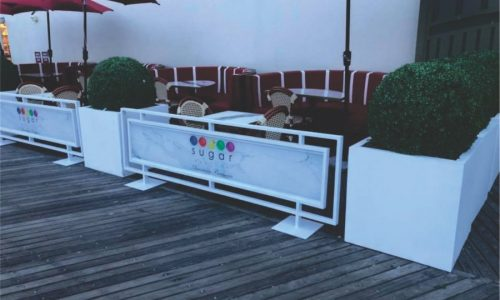 Sidewalk Barriers | Branded Cafe Barriers | Sidewalk Cafe Barricades(7)